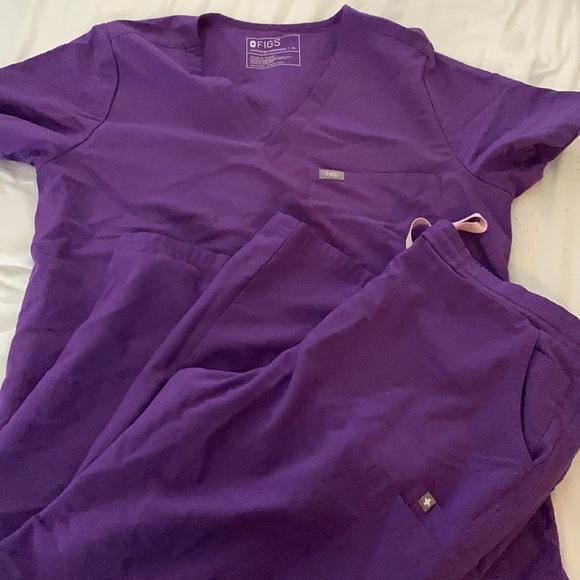 FIGS purple set 💜 XL TOP XL BOTTOM